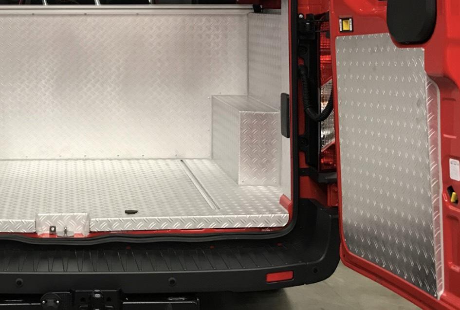 Ford Transit 350 L2H2 Feuerwehr Mannschaftstransportwagen (MTW)